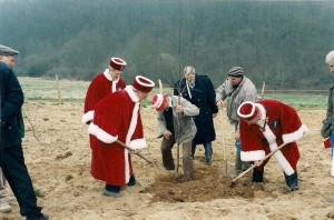 Plantation des arbres 1998 b 300x198 Historique