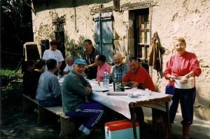 1er repas des vendanges b 300x199 Programme annuel